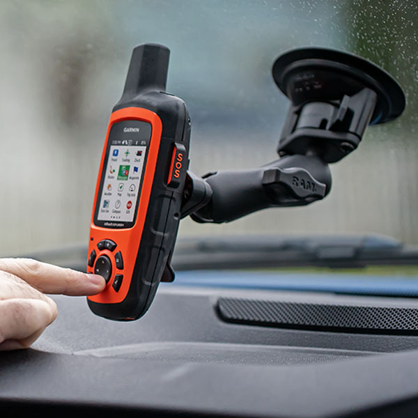 inReach Explorer+ Suction Mount